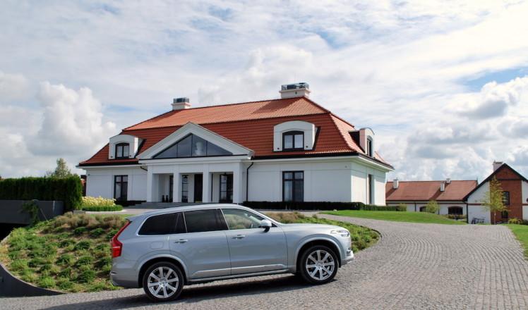 Book-Of-Luxury-Masuria-Arte-Volvo-XC90-1